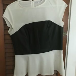 Woman's small bustiers style shirt